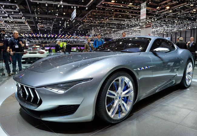 Какой автосалон выбрать под покупку будущего нового автомобиля?