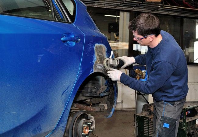 Почему покраску автомобиля в Москве доверяют специалистам автосервиса Автоцвет?