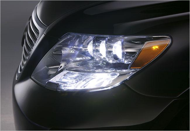 Светодиодная оптика и фары для авто и спецтехники