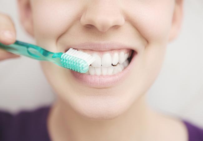 Имплантация зубов в Москве – что это?