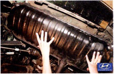 Tucson –  Ходовая часть –  Задняя подвеска –  Снятие и установка подрамника задней подвески